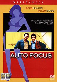 Auto Focus - Muži uprostřed svého kruhu